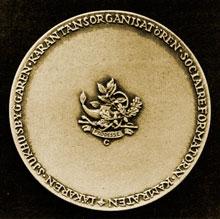 medalj_bak1